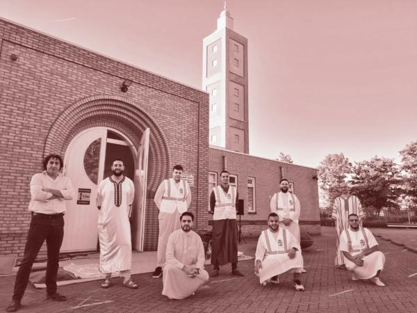 Groepsfoto tijdens de opening na de lockdown op de dag van Eid ul Adha van 2020